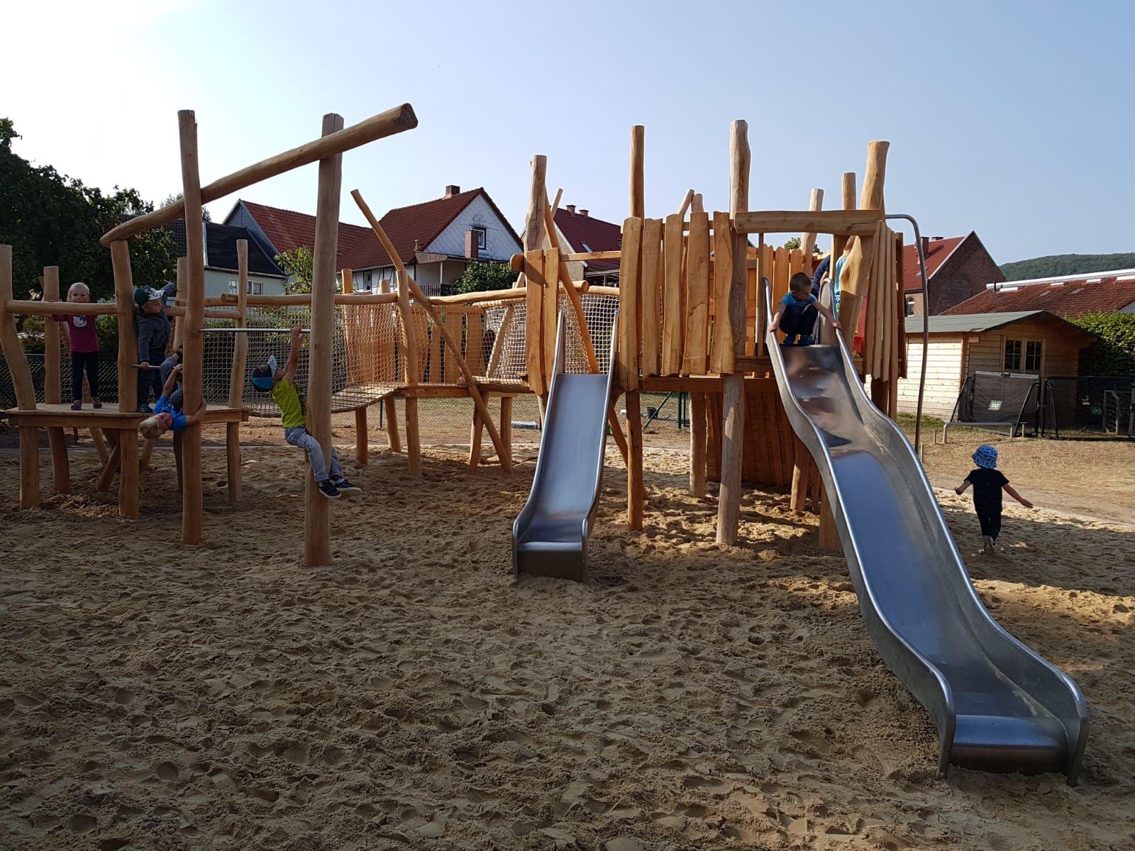 Neuer Spielplatz 2