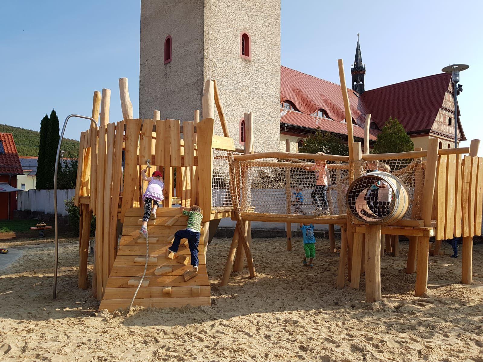 Neuer Spielplatz 3